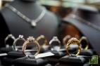 В 2017 году на долю США и Канады приходилось 53% мировых продаж украшений с бриллиантами