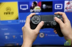 Компания Sony представила миниатюрную версию своей игровой приставки PlayStation первого поколения - PlayStation Classic