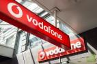 Акции британского Vodafone, крупнейшего в мире оператора мобильной связи, выросли на 1%
