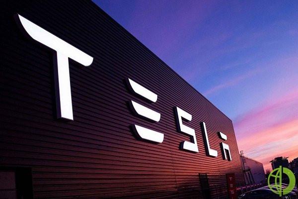 Выручка Tesla за квартал выросла на 46% до $10,74 млрд с $7,38 млрд в прошлом году