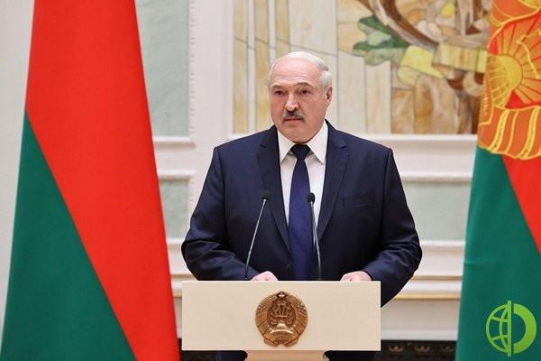 В феврале А. Лукашенко назвал Белоруссию островком безопасности в Европе