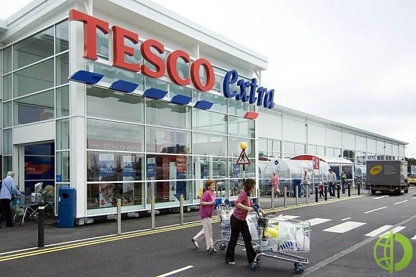 Tesco, на долю которой приходится 27% всего продуктового рынка Великобритании, оставила прежним прогноз по прибыли на весь текущий и следующий годы