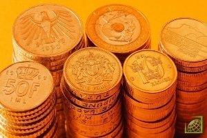 К 15.40 мск курс доллара к евро повысился до 1,3331 доллара за евро с 1,3453 доллара на предыдущем закрытии.