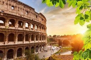 Последний раз Италия работала с пятилетними облигациями в 2010 году