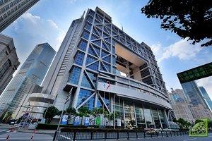 Шанхайская фондовая биржа — самая крупная торговая площадка континентального Китая