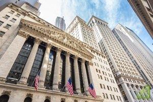 Нью-Йоркская фондовая биржа (NYSE) — главная фондовая площадка США, расположена на Уолл-стрит
