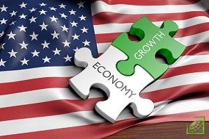 Экономический рост в США, вероятно, ускорится в этом году, после чего замедлится в 2019 г. до уровня значительно ниже целевого показателя