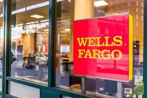 Банк Wells Fargo уволил и отстранил от работы более десяти сотрудников инвестиционного подразделения