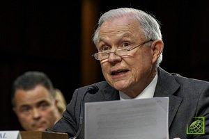 Генпрокурор США Джефф Сешнс в среду подал на имя президента страны Дональда Трампа прошение об отставке