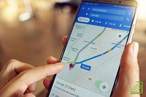 Сначала приложение определяет местонахождение пользователя с GPS, затем использует данные Street View для уточнения координат