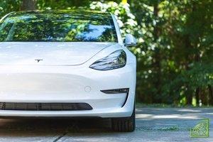Компьютеры электромобилей Tesla хранят огромное количество информации, в том числе и о своем владельце