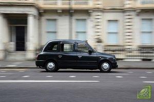 Обложению новым ежедневным муниципальным сбором в £12,5 в данной зоне подлежат все автомашины старше четырех лет