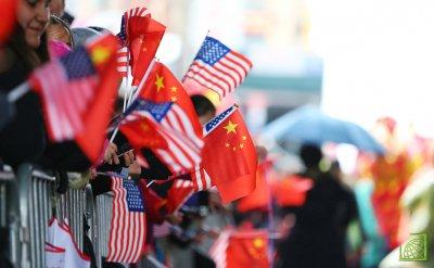 О повышении пошлины на китайскую продукцию ранее высказывался действующий президент США.