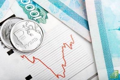 На фоне общей взволнованности мировых рынков, стоит отметить относительную стабильность российской валюты.