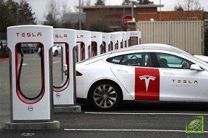 Способность производителя электромобилей расширять свою линейку продуктов зависит от способности производить большое количество батарей