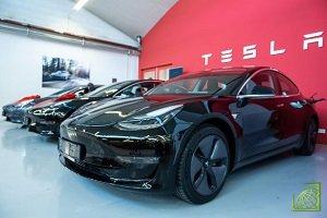 На распродажу выставлены модели – Model 3, Model S и Model X
