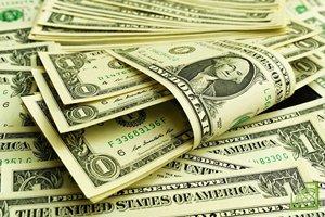 По состоянию на 9:42 мск евро стоил $1,1128 против $1,1121 на закрытие прошлой сессии.