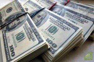 Минимальный курс доллара США составил 61,7575 рублей