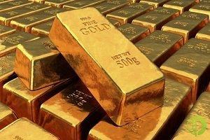 Спрос на золото, которое уже перешагнуло отметку в 2 тысячи долларов за унцию, по-прежнему остается высоким