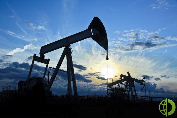 Страны ОПЕК+ договорились нарастить добычу нефти