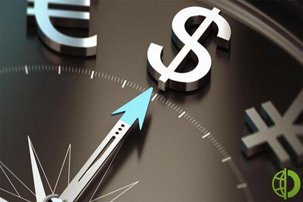 Доллар США вырос относительно фунта стерлингов на 0,05% до уровня 1,3632