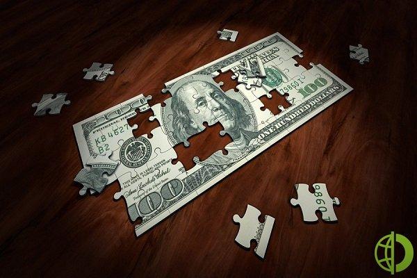 Курс доллара: Американская валюта падает относительно евро и иены