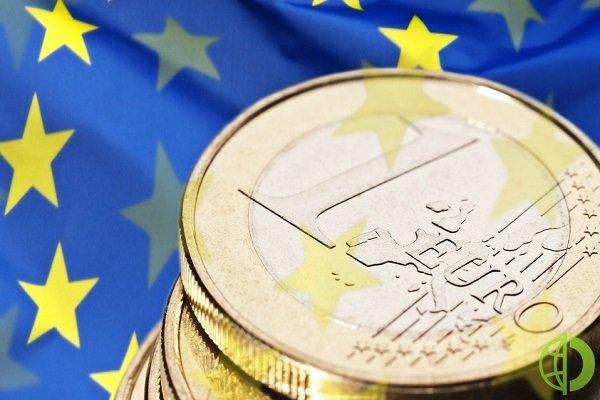 Курс валют: Евро подорожал относительно основных валют