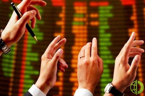 Китайский индекс Shanghai Composite упал на 6,09 пункта до 3 636,36, в то время как индекс Гонконга Hang Seng вырос на 312,81 пунктов до 30 632,64 пункта