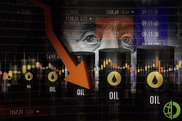 Нефть Brent с контрактами в мае подешевела на 0,8%