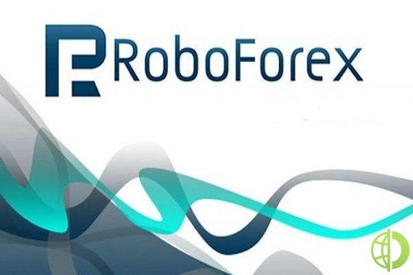 RoboForex предлагает протестировать возможности веб-терминала и мобильной версии R Trader на демо-счёте