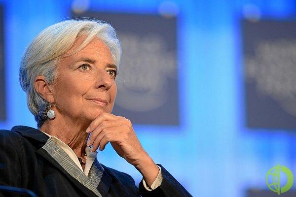ЦБ прогнозирует восстановление экономической активности к допандемическому уровню к первому кварталу 2022 года