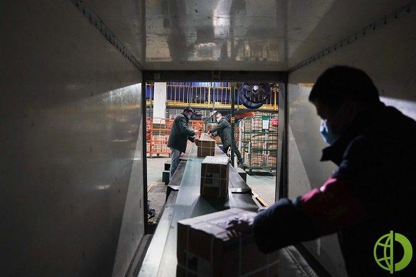 По данным китайской таможни, объемы экспорта в августе выросли на 25,6 процента по сравнению с августом прошлого года